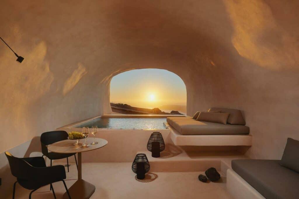 cave house Santorini