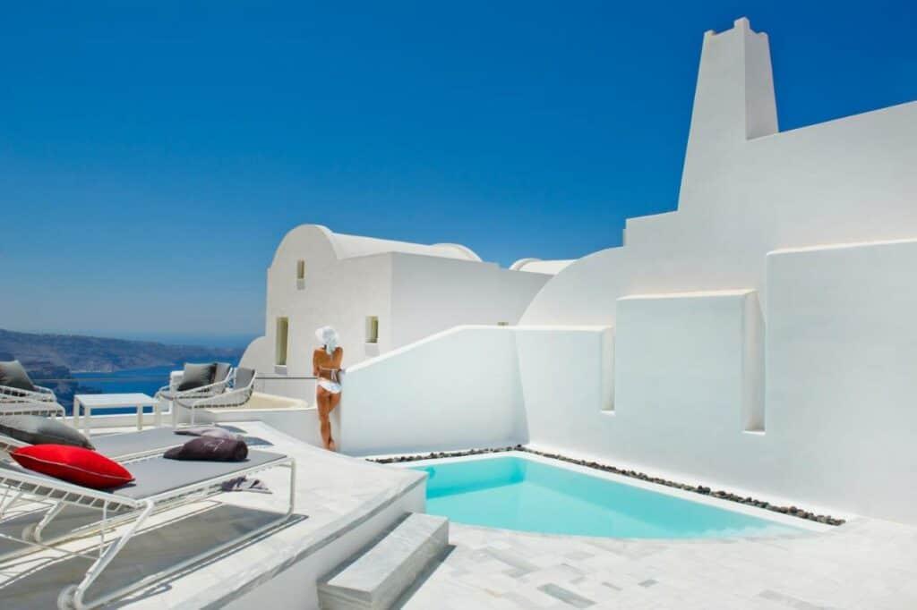 avista suites Santorini
